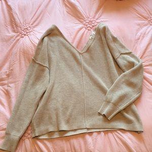 Hippie Rose Sz small crop sweater tan color